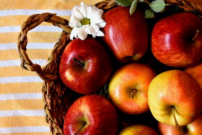 Pretty_Mabon_Apples by themysticcorner.com